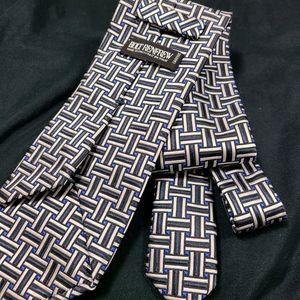 Holt Renfrew Men's Black and White Tie